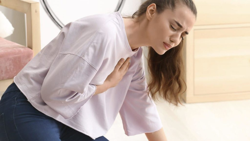 10 Causes Of Chest Pain That Is Mistaken For A Heart Attack