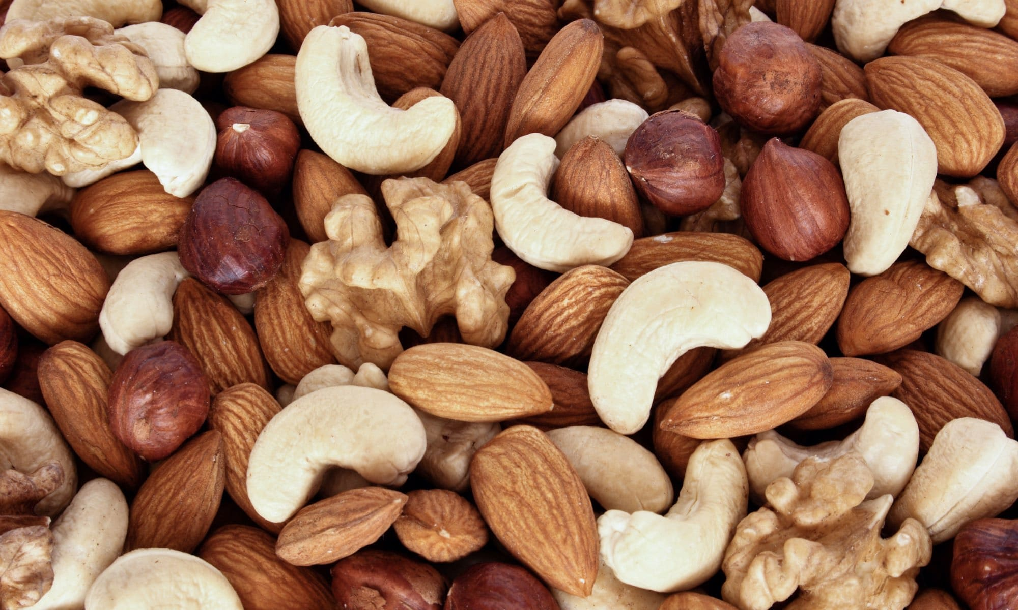 10 Types of Nuts You Can Eat Every Day