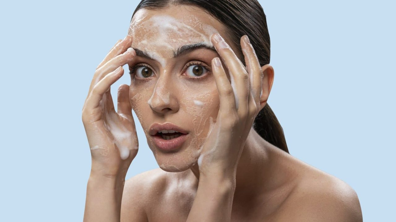 How to Remove Makeup Properly, According to Dermatologists