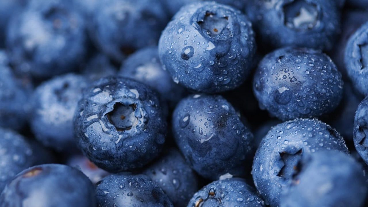 8 Benefits Of Eating Blueberries Every Day