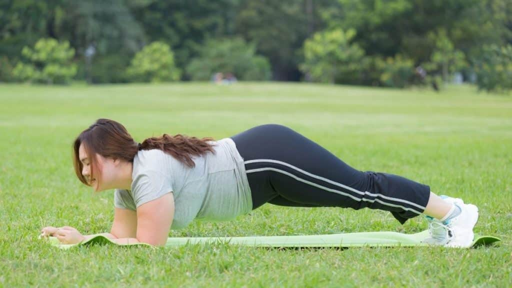 Easy core exercises everyone should be doing daily